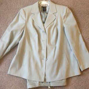 East 5th pant suit
